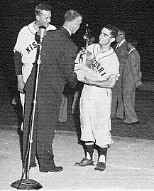 Presentation of the 1954 National Championship