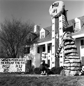 Lambda Chi Alpha Greek House Decorated for Homecoming, 1960