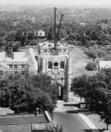 Memorial Tower under construction, 1925